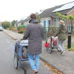 Socialisatie: door het dorp, nog nooit zoiets gezien!